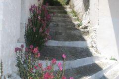 Σκάλες στο χωρίο